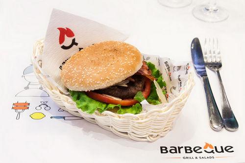 Burger - Barbeque Nei Pori